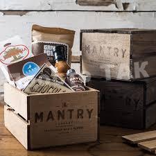 Подарунок для чоловіка в коробці