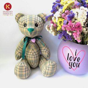 Ведмедик із квітами