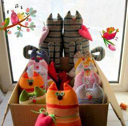 Декор игрушки. Подарки эксклюзив, Luxury, роскошные и уникальные подарки. Игрушки животные, ручной работы. Котик из хлопка ручная работа Кот войлочный валяный, Handmade.