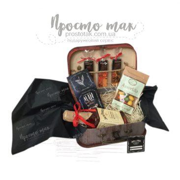 Набор с виски в коробке чемодан