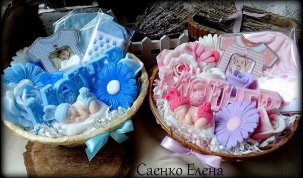 Подарунковий набір для новонародженого і мами з подарункового мила. Мило ручної роботи. Сувенірна мило. Натуральне мило.