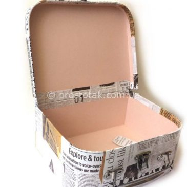 Коробка для подарунка з декором