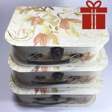 Большая, маленькая и средняя коробка чемодан для подарков ЦВЕТЫ