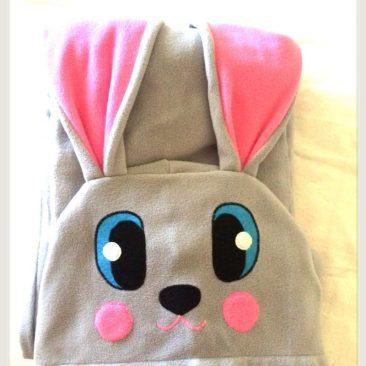Подарунок дівчинці. Піжамка тепла. Зайчик з довгими вухами.