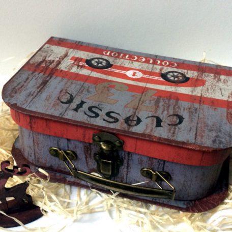 """Новорічна коробка для подарунків валіза """"РЕТРО"""""""