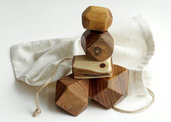 Головоломки в подарок для мужчины. Камни из дерева.