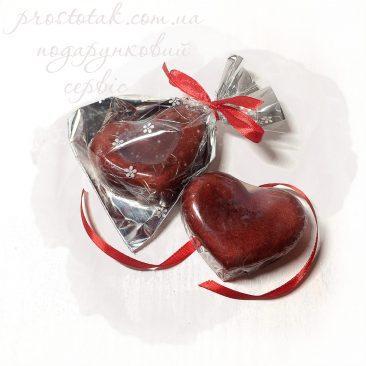 Валентинка сердце на День закоханих виготовлена із мила