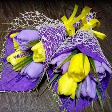 Букет тюльпанів із мила