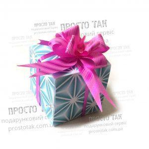 Недорогий подарунок для дівчини, подруги, коханої