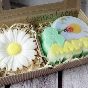 Подарок мыло 8 марта с ромашкой из мыла, Подарункове мило на 8 БЕРЕЗНЯ