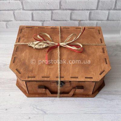 купить Коробку чемодан из дерева