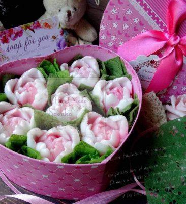 Подарочный набор коробка сердце с цветами