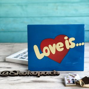 Шоколадный набор Love is... синий