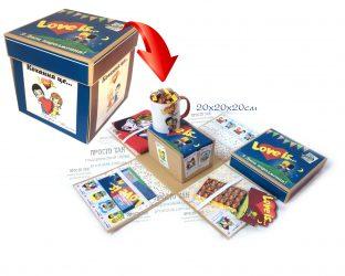 Набір Love is... в коробці, яка розпадається після зняття кришки explosion box , explosion box купить в Киеве