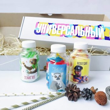 Прикольний і смачний подарунковий набір солодощів