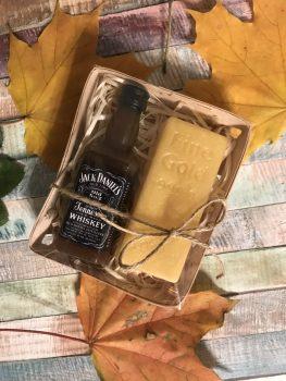 Набір для чоловіка з милом Jack Daniels