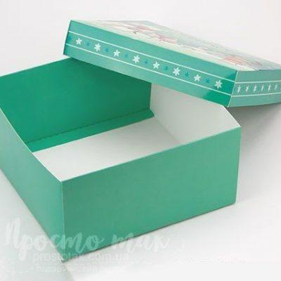 """Коробка для подарунку """"Від щирого серця"""" 20x20x10cm"""