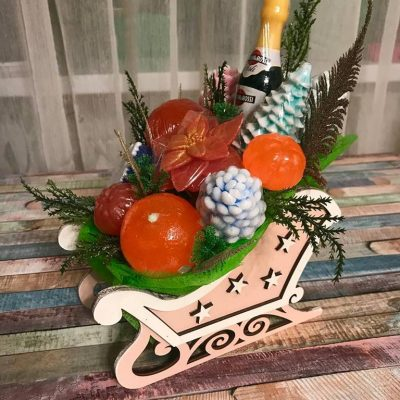 Новорічні санки - композиція із мила