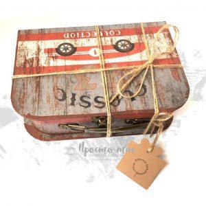 Коробка ЧЕМОДАН для подарка