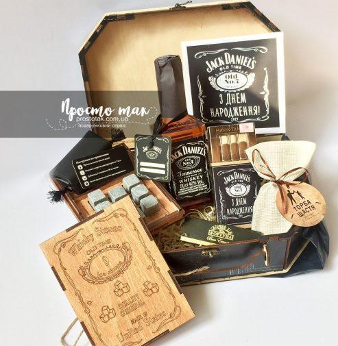 Мужские подарки с алкоголем и камнями для виски