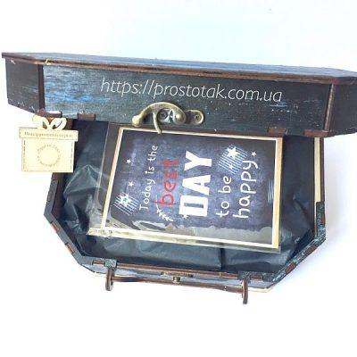 Коробка чемодан із дерева