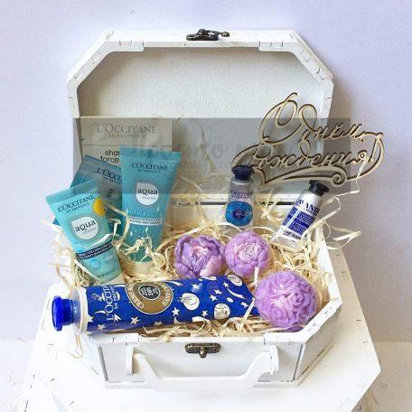 Набори в коробках для жінок