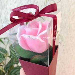 Цветок из мыла — роза в коробке конус