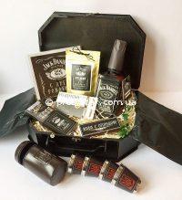 Подарунок чоловікові з віскі Jack Daniels, флягою Jack Daniels і металевими стопочками