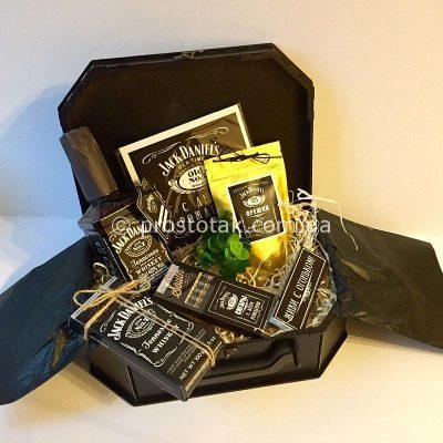 Подарочный набор с виски и шоколадом Jack Daniel's