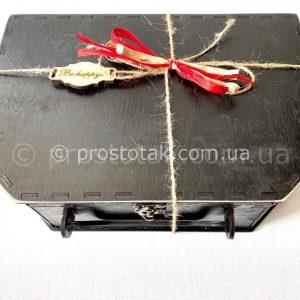 Чемодан из дерева черного цвета купить в Киеве