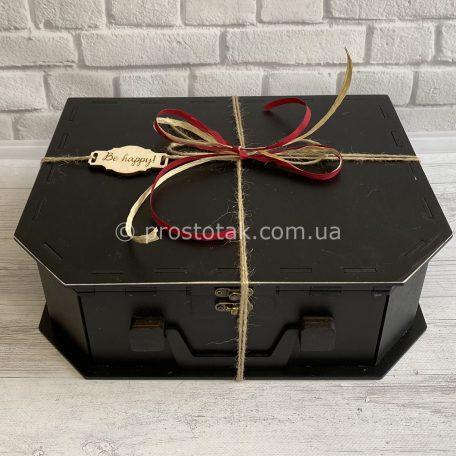 Коробка Чемодан чёрный из дерева. Размер 33х25х10см