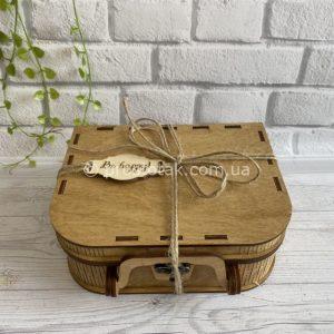 Коробка чемодан из дерева