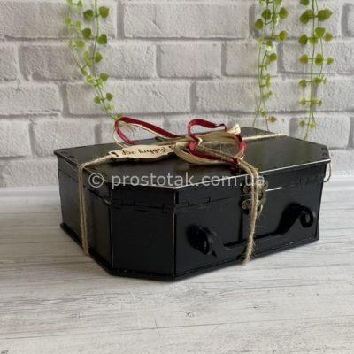 Коробка чемодан из дерева черного цвета 25Х17х10см