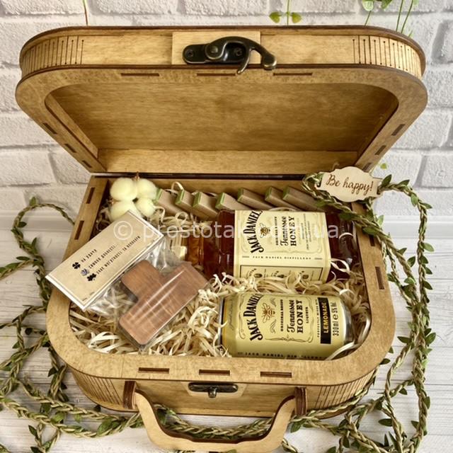 Подарунок для чоловіка з медовими віскі Honey Jack Daniel's