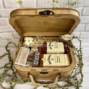 Подарунок для чоловіка дерев'яний бокс «Honey aroma»-Vip.3