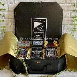 Подарунки чоловікам на День народження із алкоголем віскі Jack Daniel's