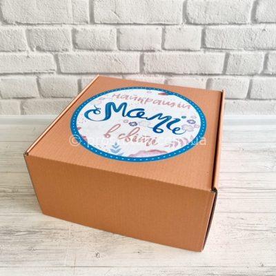 Коробка из гфрокартона для подарка маме