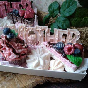 Подарок для мамы из мыла