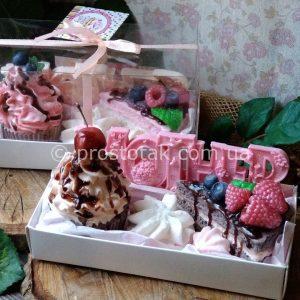 Набір солодощів для мами «MOTHER» (мило)