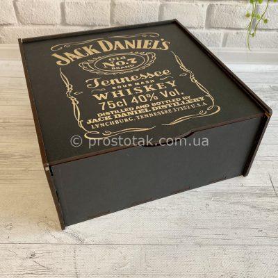Коробка 25х25х10см з гравіюванням Jack Daniel's
